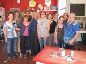 Operatrici e volontarie del Progetto sulla Soglia di cui fa parte anche la Comunità Contrà Fascina