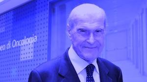 Il professor Umberto Veronesi scherzosamente virato in blu in onore della sua nuova battaglia per l'acqua!