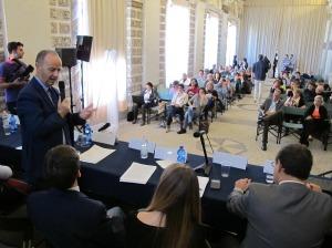 Il vicepresidente della Regione del Veneto Marino Zorzato (assessore alla Cultura) interviene in sala delle conchiglie a Villa Contarini