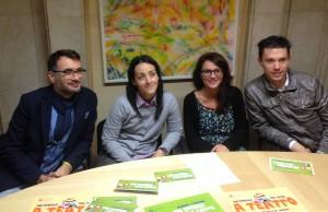 L'assessore Michele Vencato (a sinistra) con gli organizzaori di Una domenica tira l'altra!
