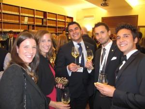 Alcuni giovani commercialisti e avvocati che lavorano nello studio Turchetti e Zanguio di Vicenza, Bastia e Il Cairo