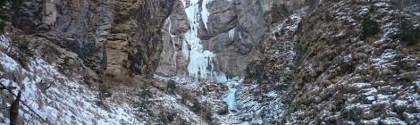 Cade blocco di ghiaccio da cascata: scalatore ferito grave in val di Gares