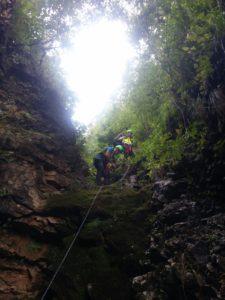 La forra in Val Fuccenecco sul versante Nord del Monte Alba ripresa da un soccorritore