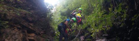 Cade in forra in val Fuccenecco è salvata dal Soccorso Alpino