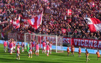 """LR Vicenza batte la Vis Pesaro per 2-1, la Curva Sud: """"Vi vogliamo COSI'"""" (interviste in video)"""