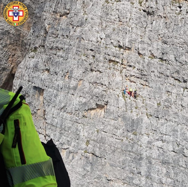 Recupero in parete sulla Tofana sopra Cortina