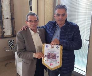 L'incontro tra il maestro Bertolini, curatore del Museo delle fisarmoniche, e il consigliere regionale Toniolo che si è appassionato a questa realtà