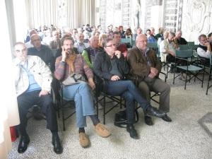 Il pubblico nella sala delle conchiglie