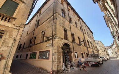 Sono 8 i candidati a direttore della Bertoliana di Vicenza, quarta biblioteca del Veneto