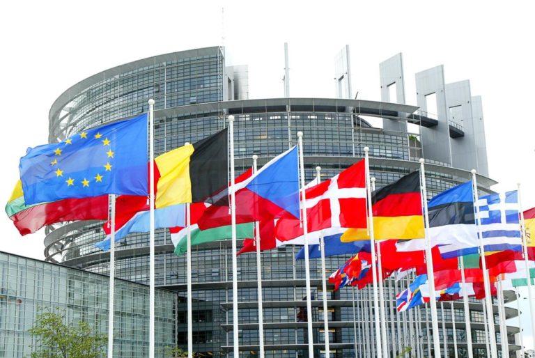 """""""Meglio abbandonare in fretta questa (dis)Unione europea"""" – di Francesco Celotto"""