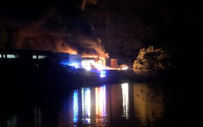 Azienda in fiamme in Valbrenta a Campolongo