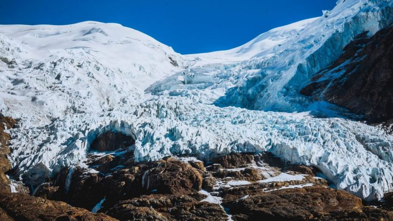 Il riscaldamento climatico libera virus antichi e letali imprigionati nei ghiacci? Se ne parla all'UniPD [VIDEO]