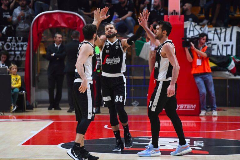 Le stelle del basket della Virtus Bologna in ritiro a Folgaria in Alpe Cimbra