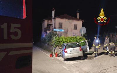 Perde il controllo dell'auto e schianta a Trichiana: muore in ospedale