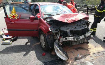 Incidente d'auto sull'Alemagna: tre donne ferite