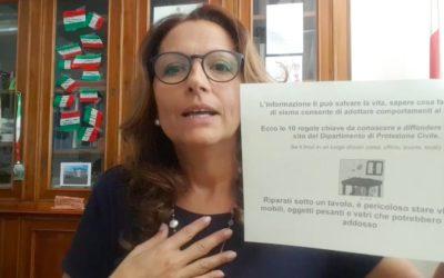 Banchi a rotelle a scuola? Morena Martini: che Lucia Azzolina cambi lavoro [VIDEO]