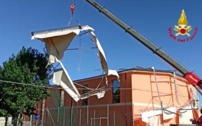 A Salara (Rovigo) rimossa la tensostruttura disancorata dal vento [VIDEO]