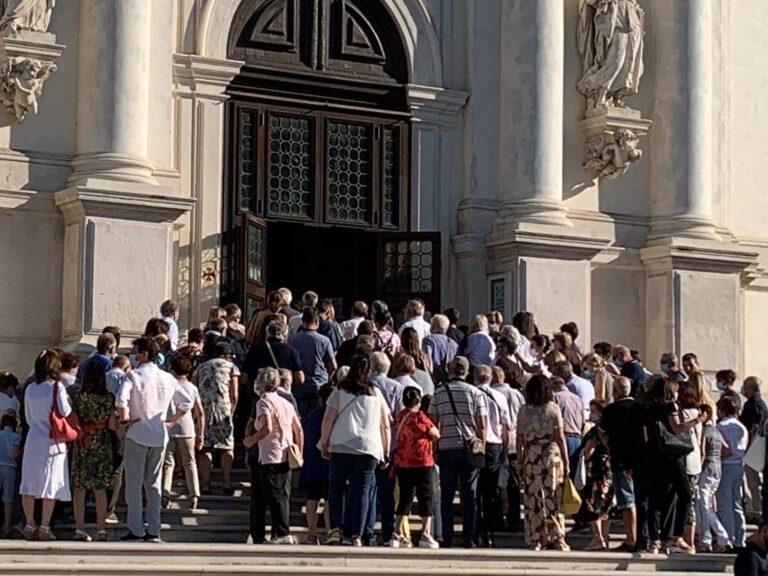 Assembramenti dell'Assunta sulle porte di Monte Berico