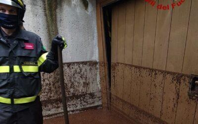 Maltempo, alluvione lampo a Solagna e 80 interventi per i Vigili del Fuoco in Pedemontana