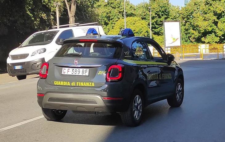 Non versa ritenute per 224mila euro: denunciato