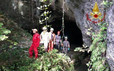Tragedia di Priabona/1 – Speleologo muore in grotta: colpito da un masso