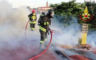 Vigili del fuoco in tempo reale: il video dell'intervento a Torri di Quartesolo [VIDEO]