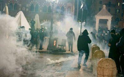 """Disordini per il semi lockdown a Verona: Sbrollini (IV), """"proteste strumentalizzate dagli estremisti"""" [VIDEO]"""