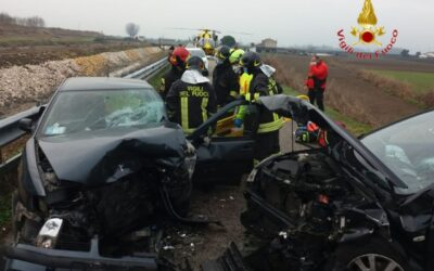 Frontale tra auto: un morto e un ferito a Belfiore