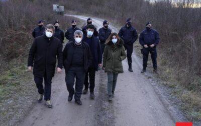 Eurodeputati PD in Croazia  dalla parte dei profughi: la Polizia li blocca – Con loro anche Alessandra Moretti