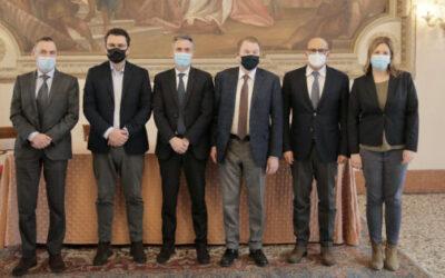 """In visita al Municipio di Vicenza i """"manager"""" di AGSM AIM"""