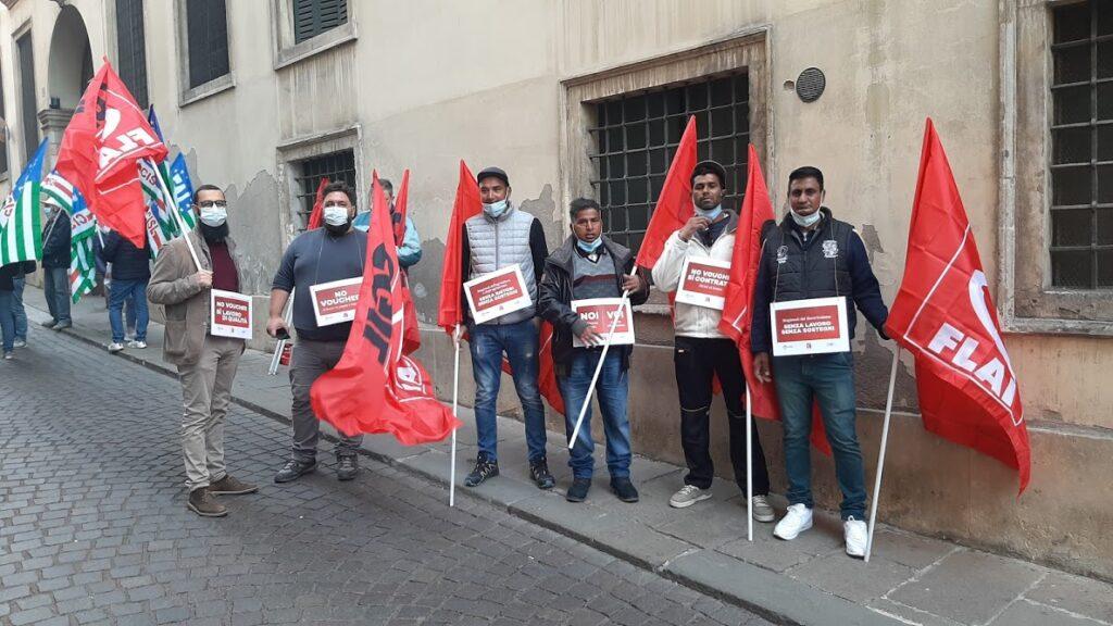 Flai Cgil a Vicenza in sit in davanti Prefettura