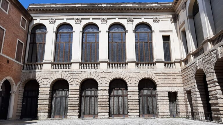 Palazzo Thiene sarà del Comune di Vicenza per 4,3 milioni: opera del Palladio, è tutelato