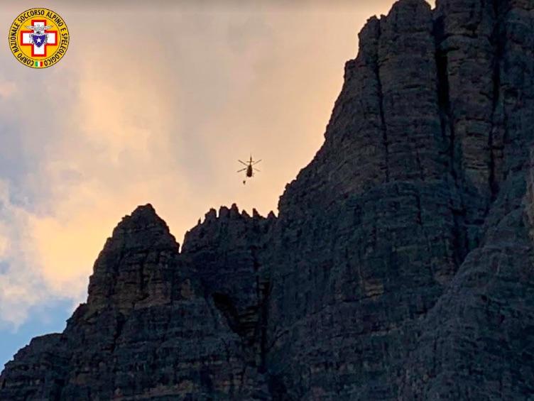 Recuperata coppia di alpinisti in serata sulle Tre Cime di Lavaredo