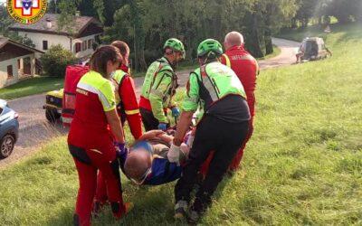 Pilota americano di parapendio atterra violentemente: soccorso