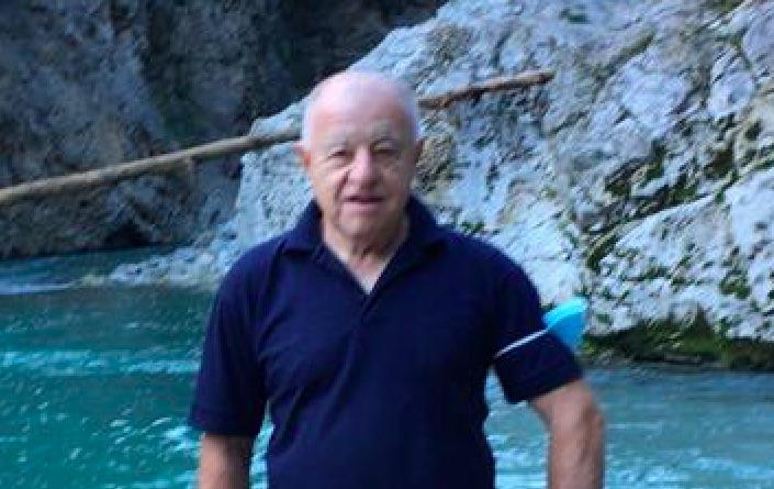 Roberto Tabacchi è stato trovato morto nel bosco vicino a casa